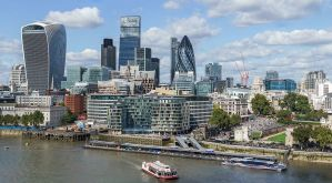 City_of_London_skyline_from_London_City_Hall_-_Sept_2015_-_Crop_Aligned
