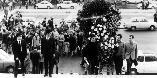 Rome, funeral of Paolo Rossi at the university